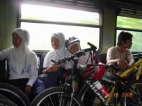di KRL Bogor-Stasiun Pasar Minggu