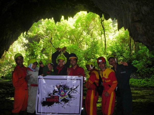 di Gua Jomblang, sebelum menuju ke aven Grubug